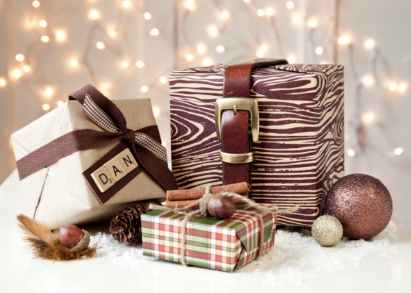 Manly gift wrapping with photo